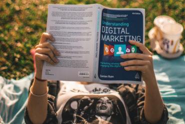 Słyszysz Marketing Internetowy i myślisz chce to robić? Sprawdź jakie są cechy specjalistów digital marketingu i jak się rozwijać.